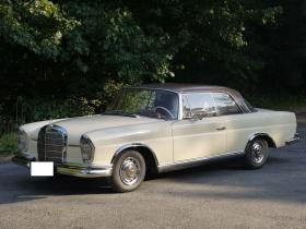 Mercedes 220SE Coupe